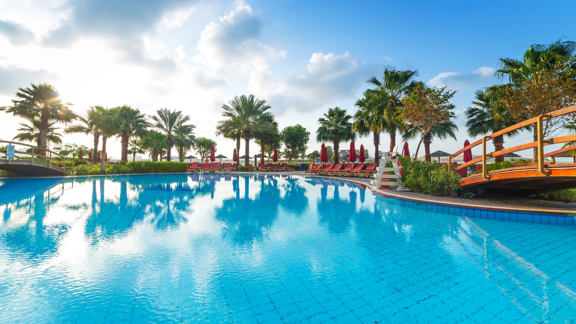 Pool Services Boca Raton: Takes An Active Role In Cleaning Your Pool!